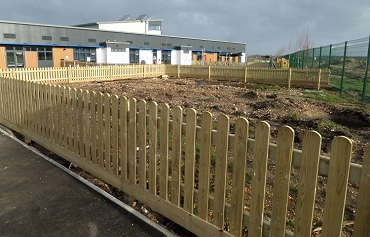 Commercial Wooden Fencing Hampshire